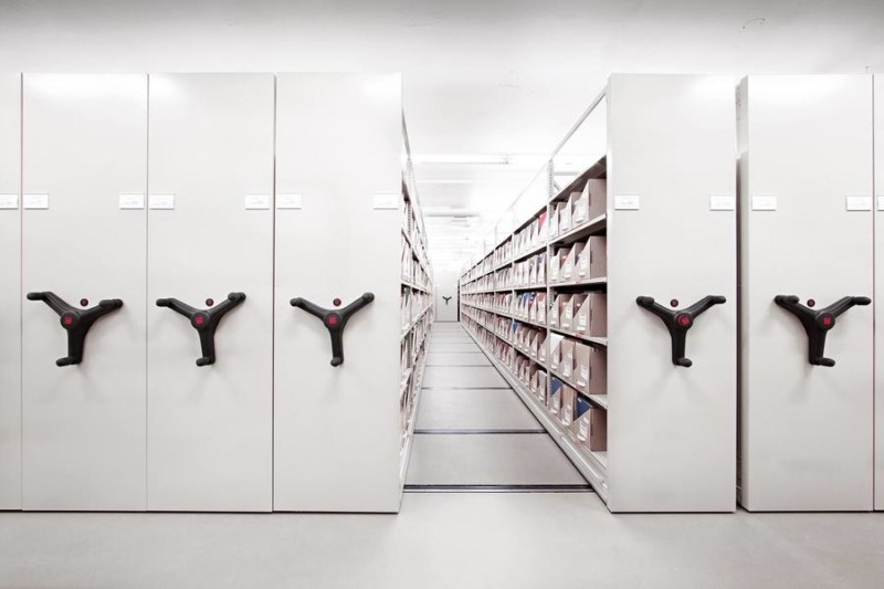 Mechanical mobile storage systems Mobilex