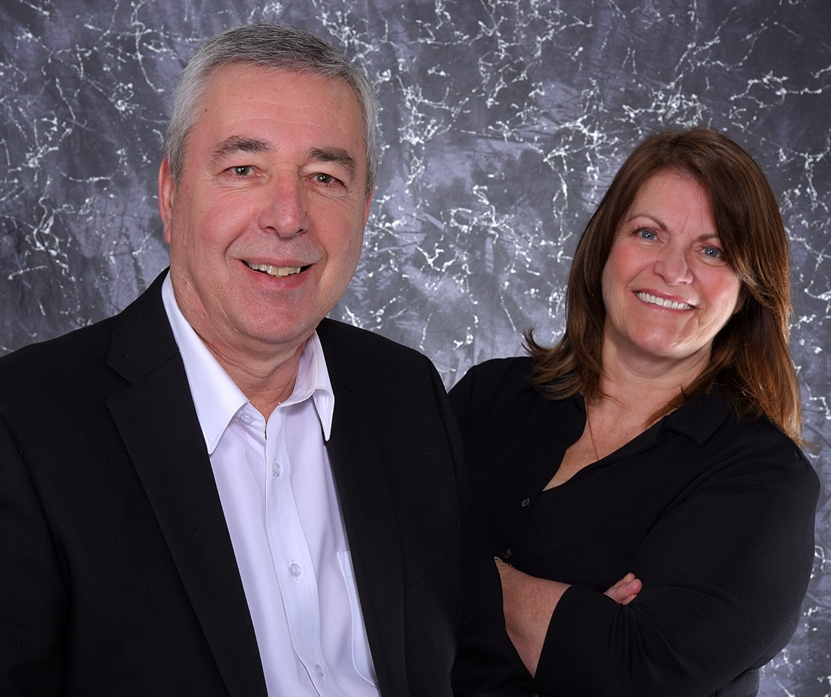 Luc Jarry and Sandy Hamilton new ownership Solutions de Rangement Prisma specialist mobile or fixed shelving storage systems